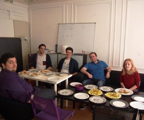 L'équipe de MeetSerious, invitée à la table de La Ruche qui dit Oui