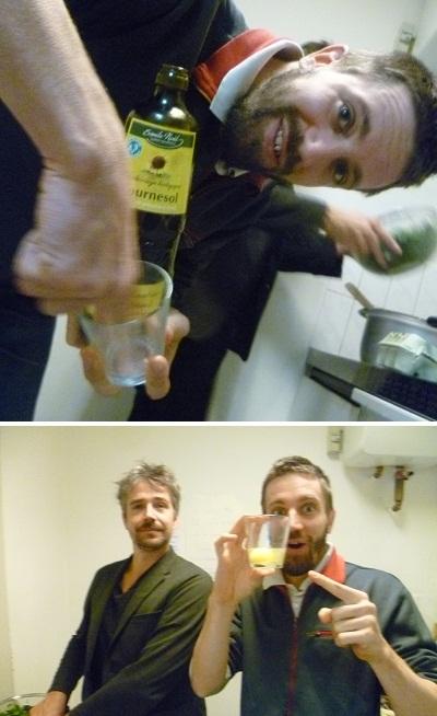 Pocher 10 oeufs en 2 minutes avec 1 seul doigt. Guinness-Book, nous voilà !